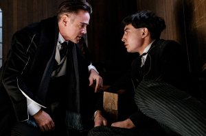 graves y credence