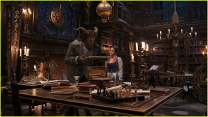 new-beauty-and-the-beast-movie-images-emma-watson-03