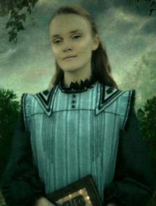 ariana_dumbledore_hogs_head